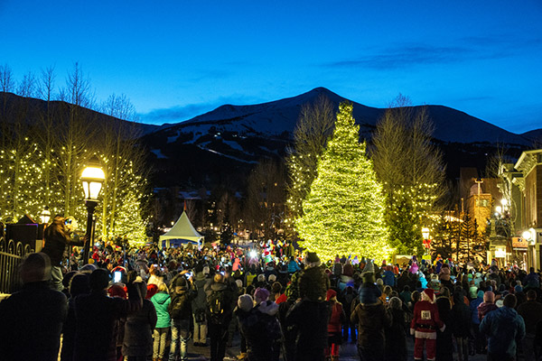 A large crowd gathered in the evening for the Lighting of the Christmas Tree in Breckenridge CO
