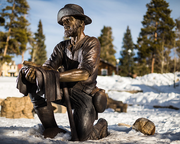 Tom's Baby bronze statue in Breckenridge CO