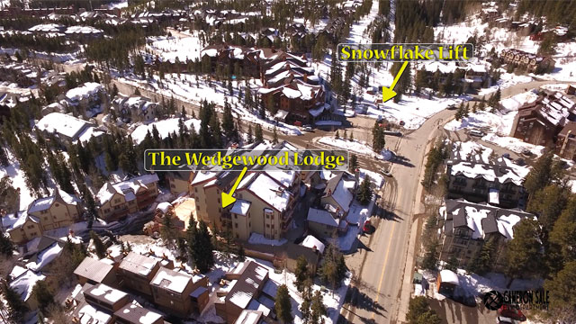 The Wedgewood Lodge is just across the street from the Snowflake Lift!
